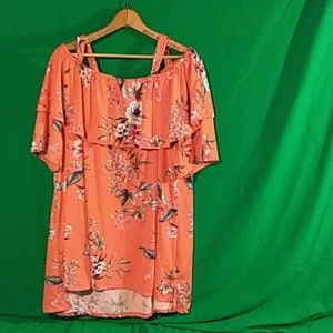 French laundry 1x pink cold shoulder floral blouse